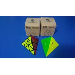 Yuxin Little Magic Pyraminx - Cub Rubik